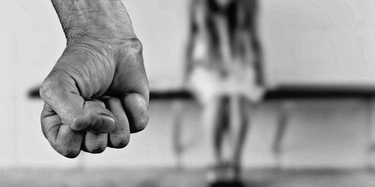 El maltrato a los padres es causa para revocar una donación