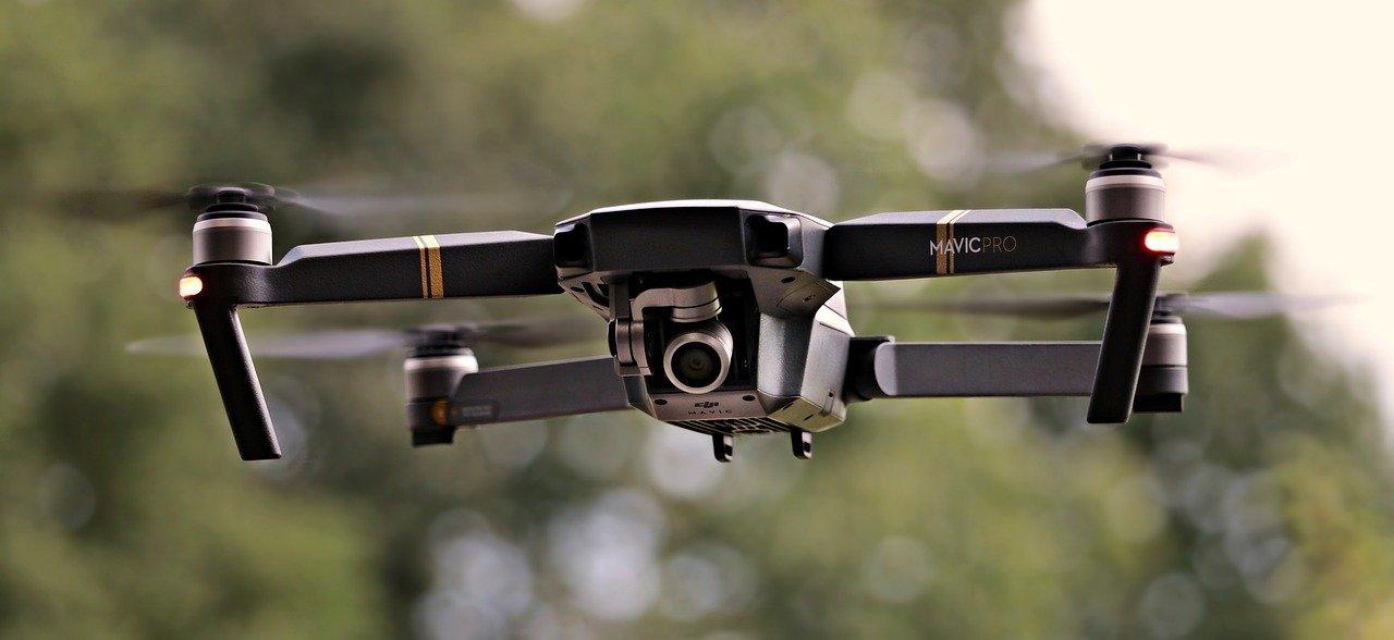 De drones y leyes: ¿Qué puedes y no puedes hacer con tu dron?
