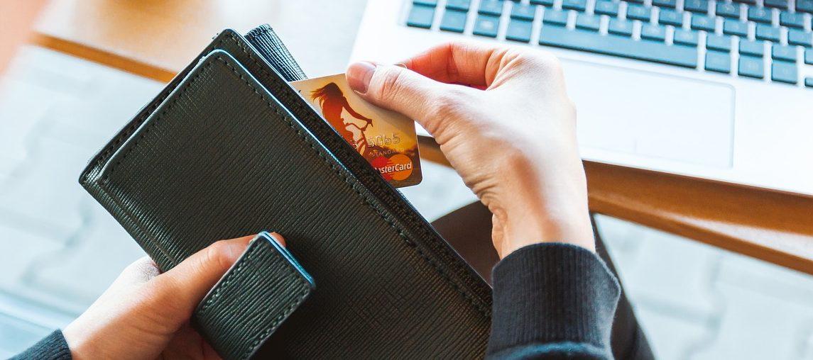 Aspectos legales básicos de la venta online: claves para no perderse