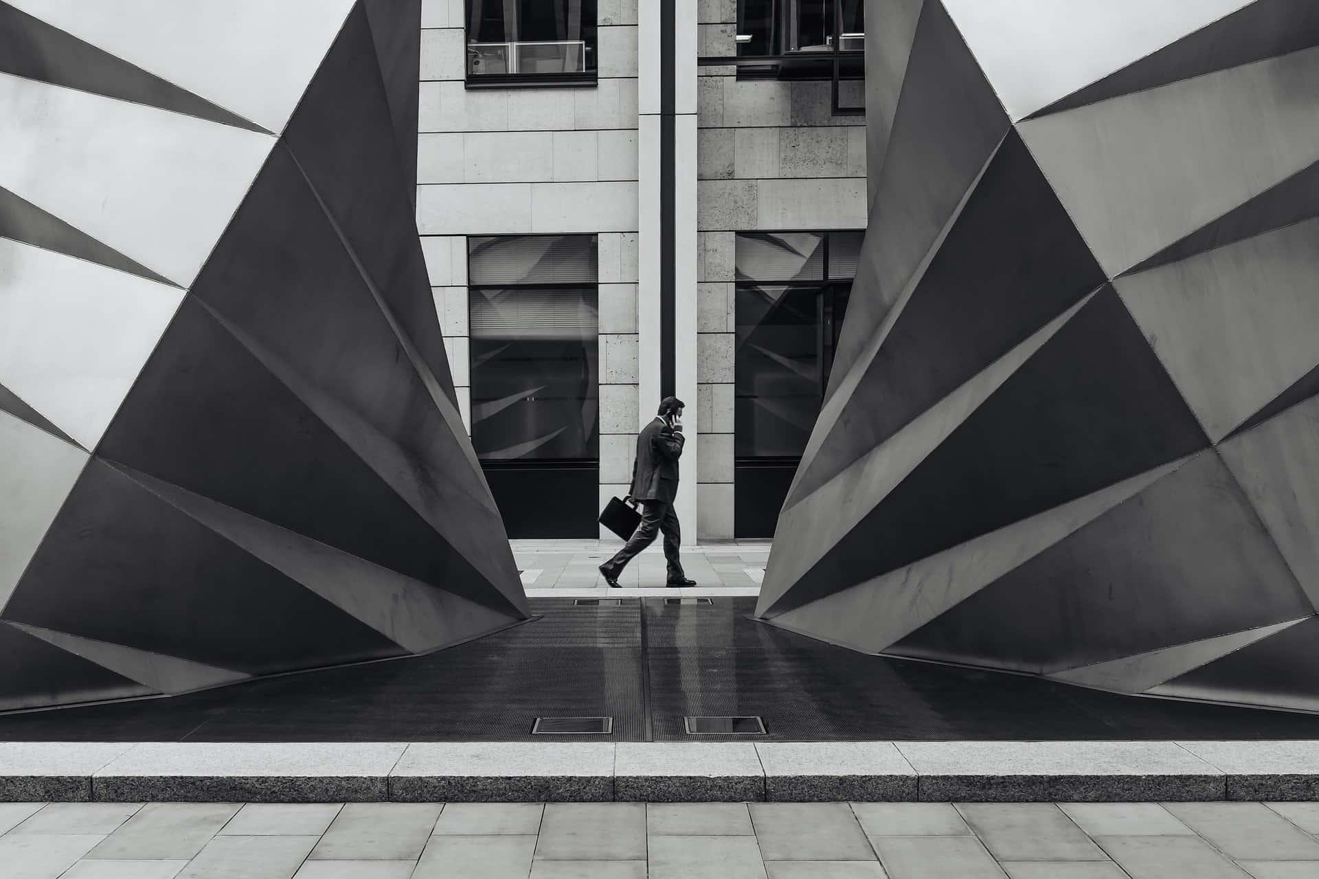 Levantamiento del velo en grupos societarios: responsabilidad por deudas sociales