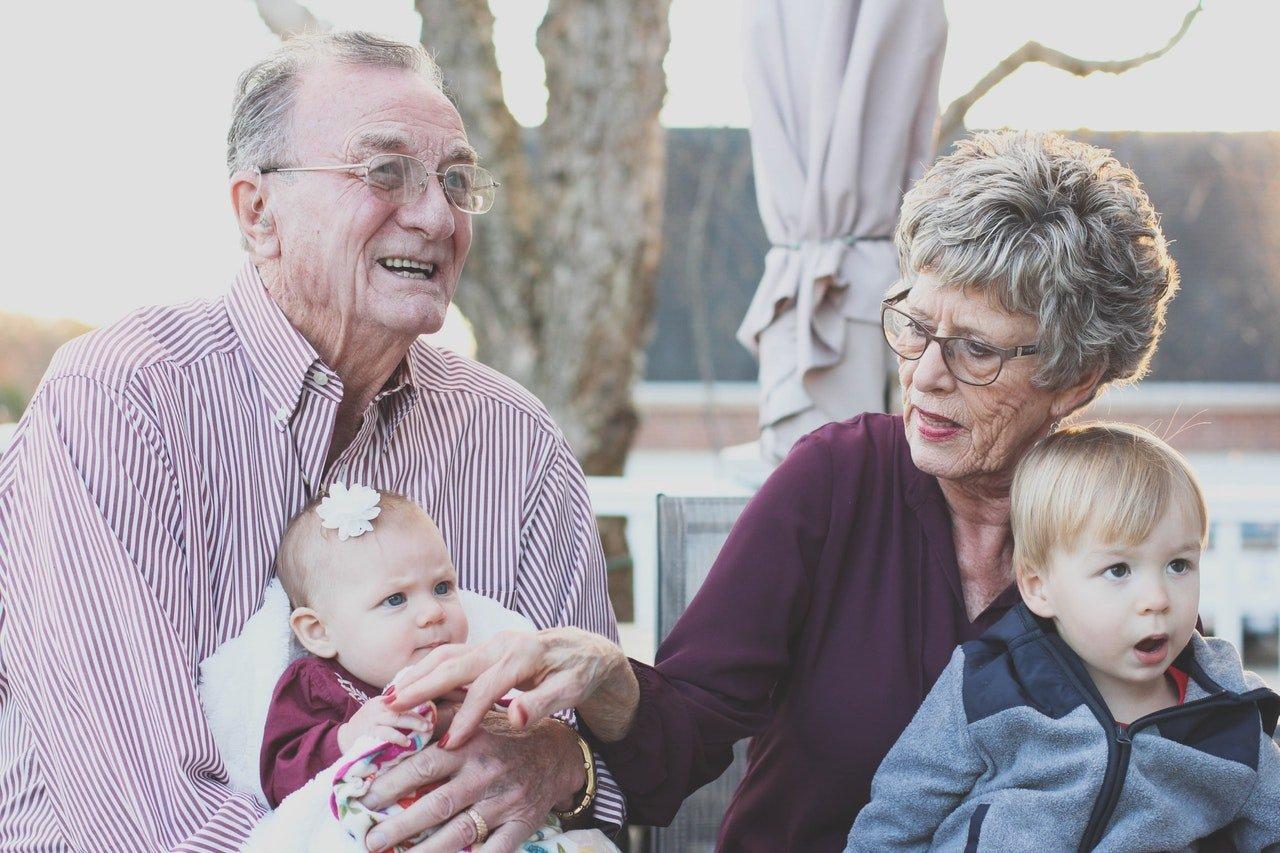 ¿Quién puede reclamar el complemento de paternidad para su pensión?
